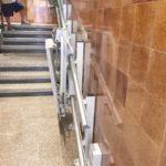 Instal·lar plataforma salvaescales a comunitat de veïns de Sitges, Barcelona