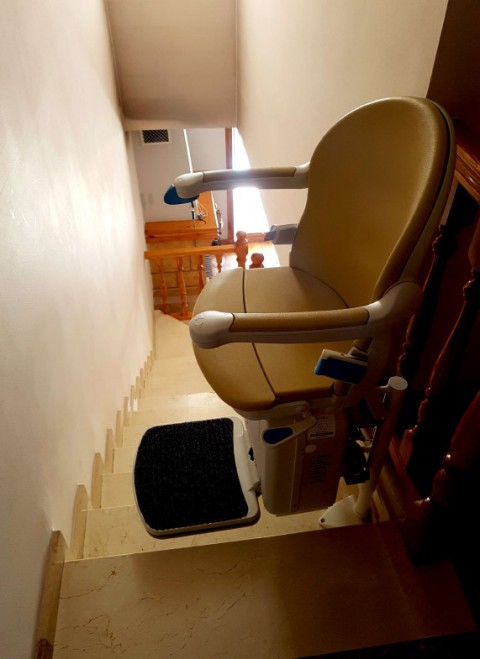 cadira elevadora socius amb gir manual de valida sin barreras en algemesi