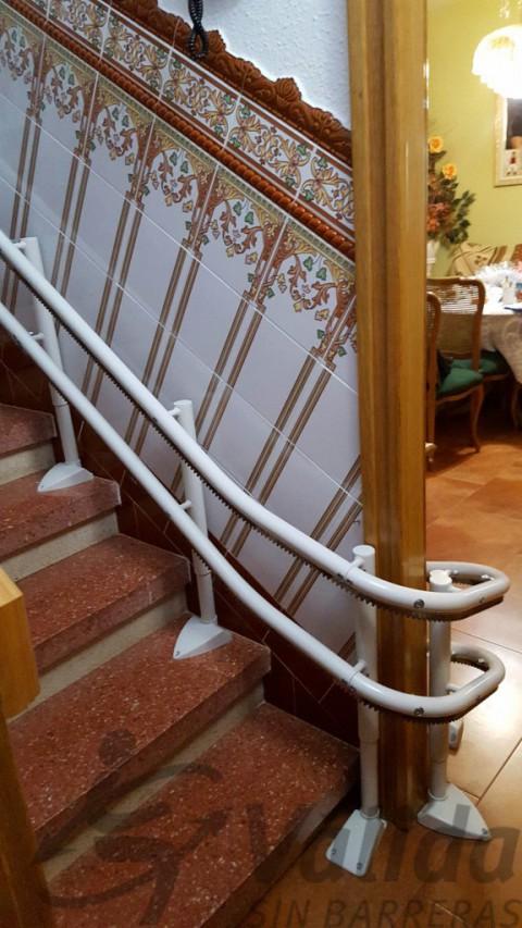 detall corba doble guia cadira elevadora a mollet valles