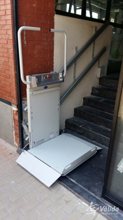 plataforma salvaescales instal·lada a Madrid