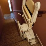 cadira pujaescales plegada ajuda per pujar escales a girona roses