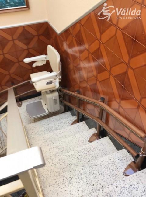 cadira salvaescales per a trams corbs per persones amb discapacitat