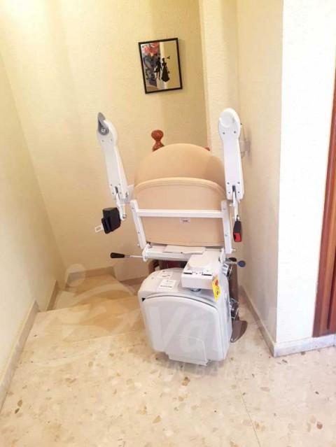 cadira salvaescales per persona gran interior casa particular vinaròs castelló