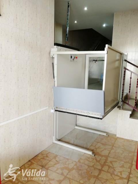 elevador de comunitat de veïns per a persones en cadira de rodes