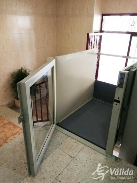 elevador de curt recorregut SUBEO per a comunitat de veïns
